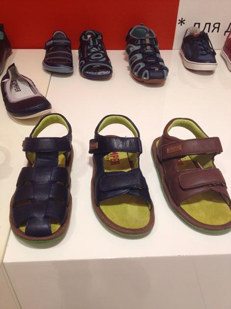 Детская обувь для мальчиков и девочек в дисконте Camper